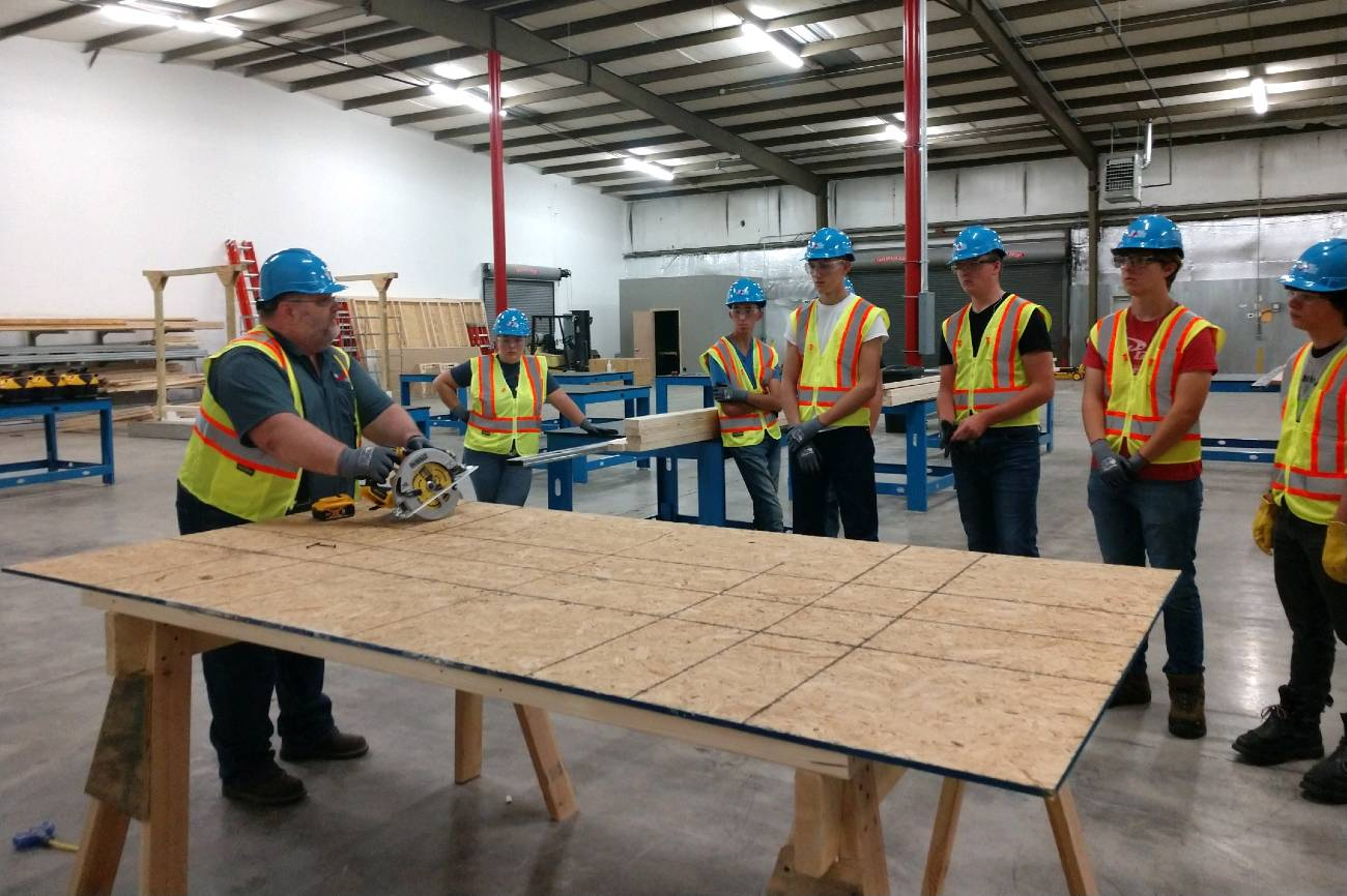 Residential Carpentry Apprentice Course